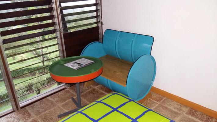 Room's Sofa